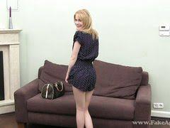 Совершенно голая проститутка с клиентом ушла в отрыв